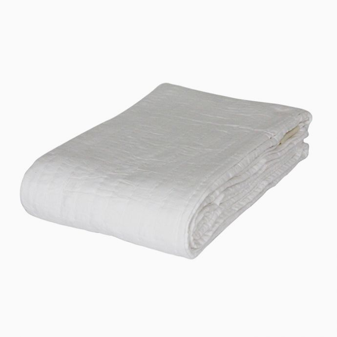 Self Patch White Quilt